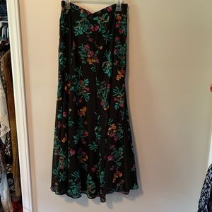 NY&C floral maxi skirt with slit NWOT